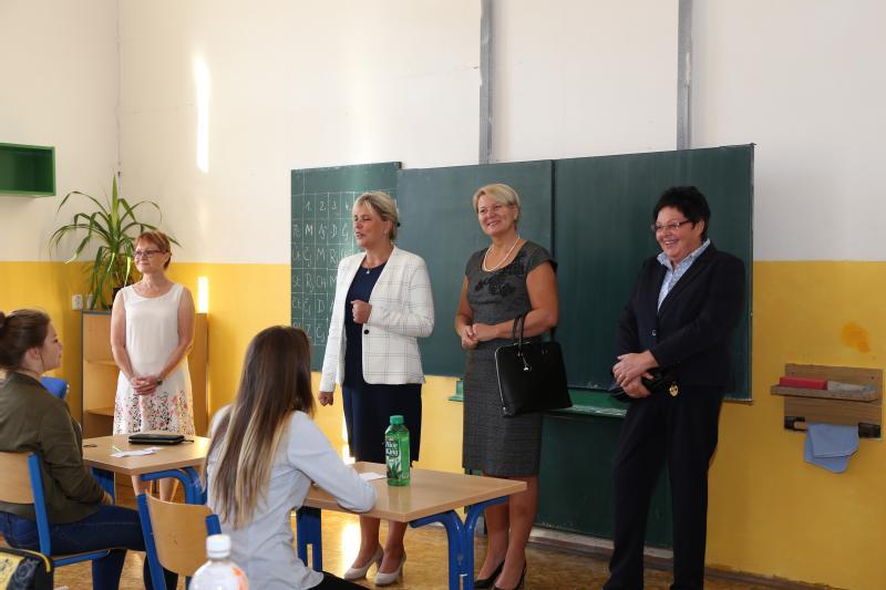 Starostka přivítala v novém školním roce i deváťáky