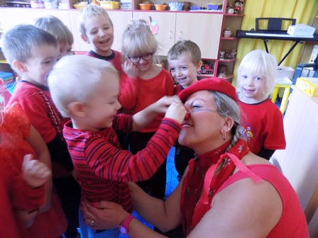 Projektový den ve školce v červené barvě – MŠ nám. Jiřího z Lobkovic