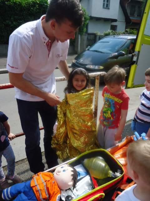 Den se záchranáři v MŠ Pražačka