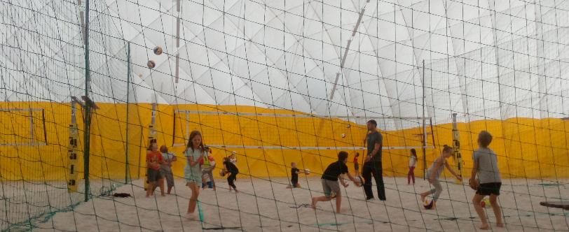 ŠD z Jeseninky chodí na beachvolejbal i v zimě