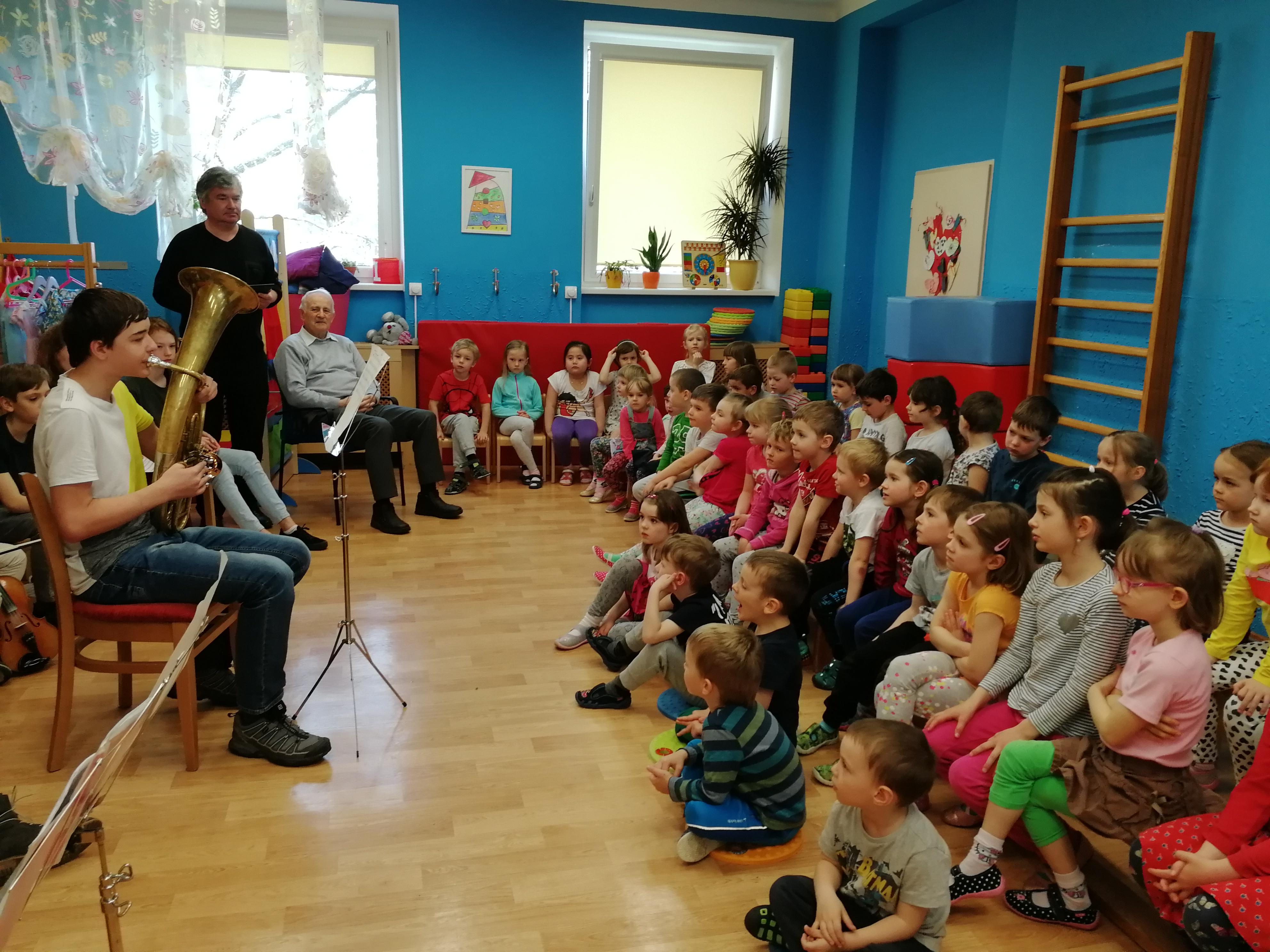 Sdílení hudby v MŠ Na Balkáně
