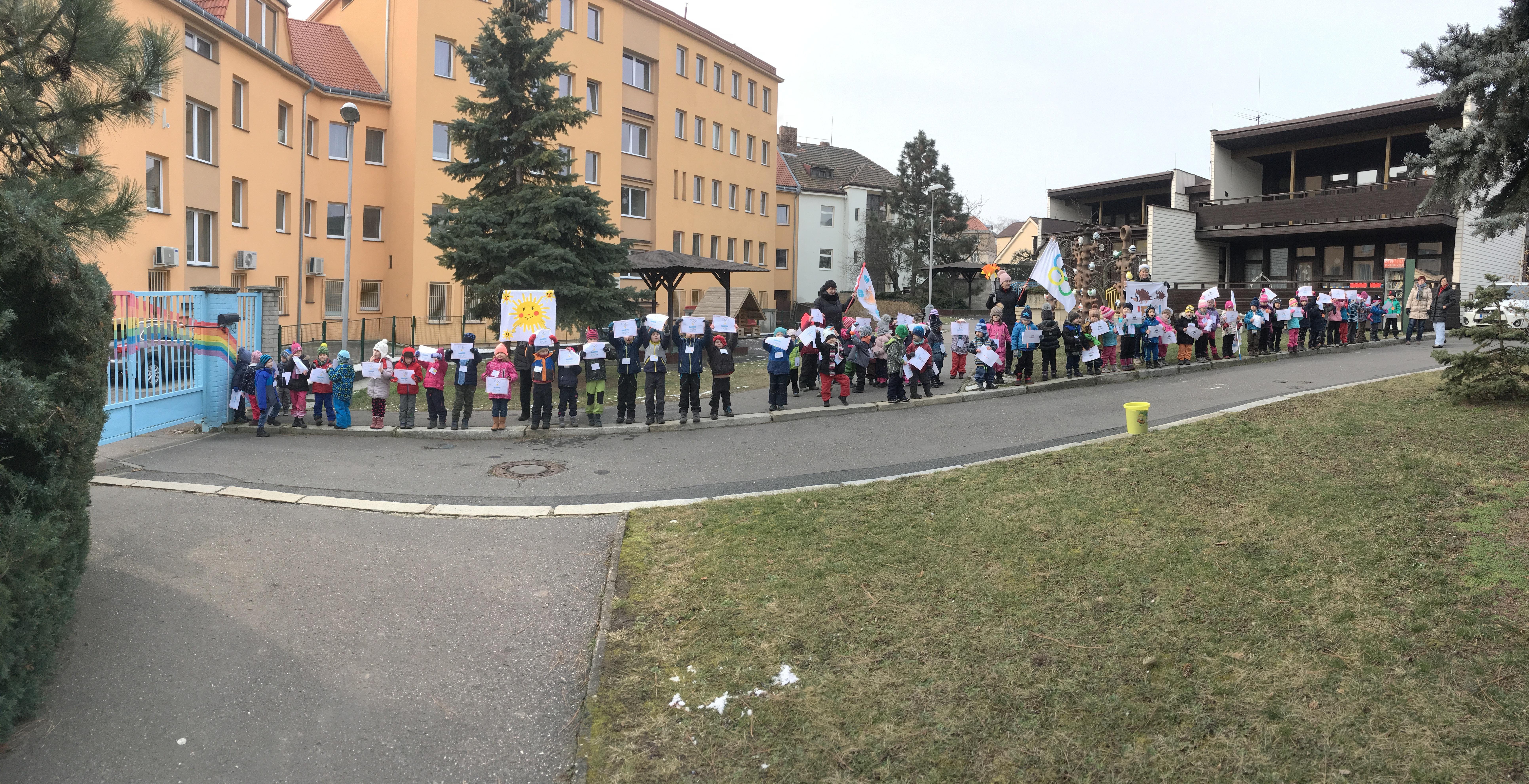 RODINA A MATEŘSKÁ ŠKOLA – CESTA K DĚTSKÉ KREATIVITĚ  pro školní rok 2017 – 2018, MŠ Na Vrcholu