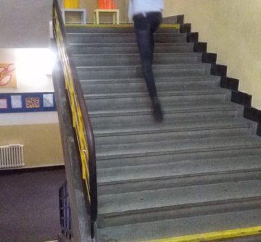 Běh do schodů na ZŠ Chmelnice