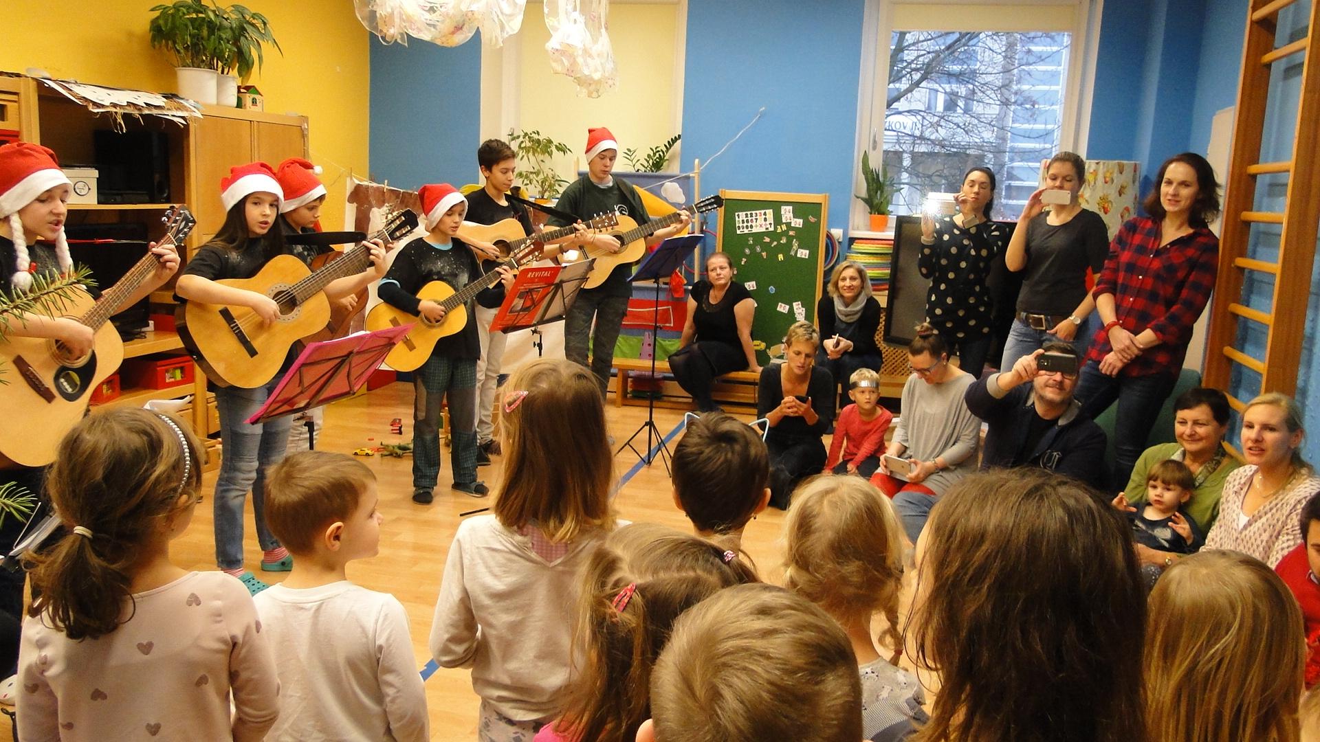 Sdílené Vánoce v MŠ Na Balkáně