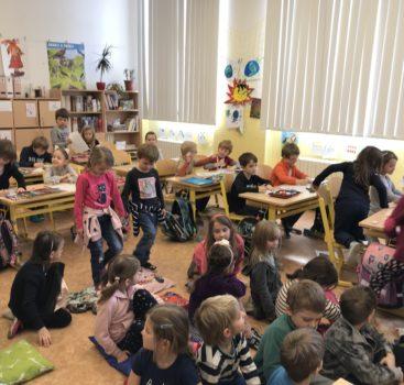 Ze školky na skok do školy  s námi z MŠ VOZOVÁ 5