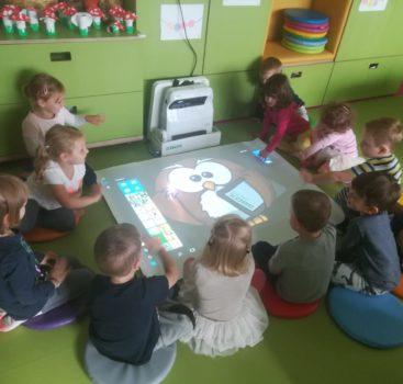 """""""Zábavné interaktivní hraní a učení na MŠ Třebešín"""""""
